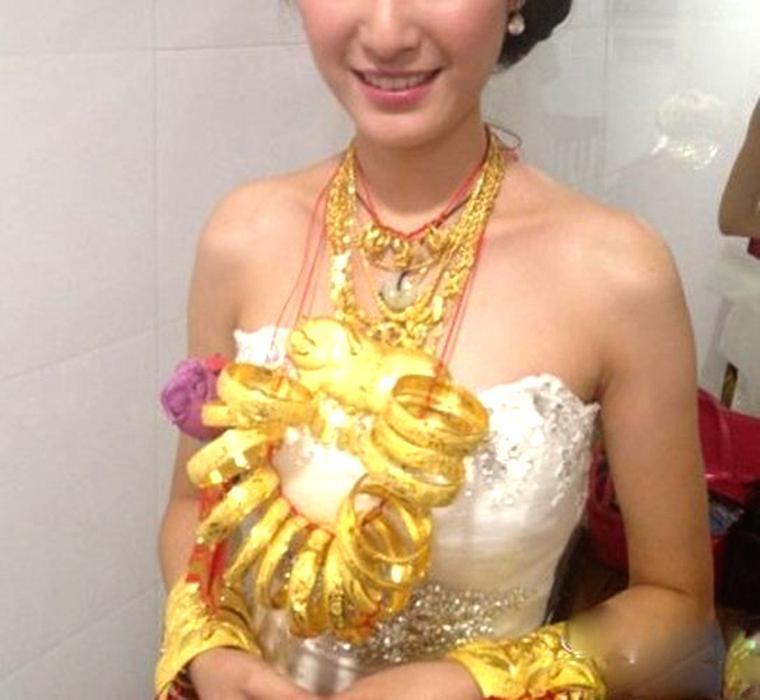 Golden Bride in China!