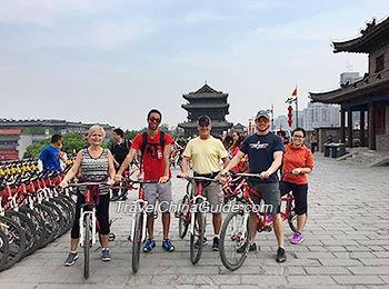 Cycling on Xi'an City Wall