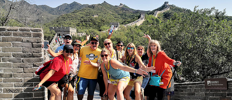 Enjoy hiking on the Mutianyu Great Wall