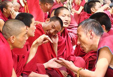Sutra-debating in Sera Monastery