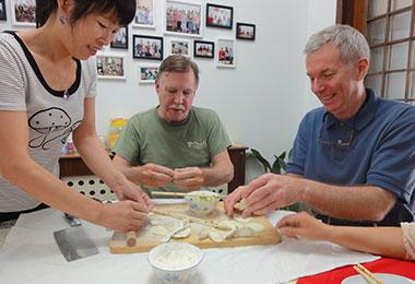 Make dumplings at a local home