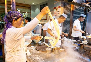 Taste authentic local food at Muslim Quarter
