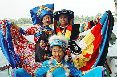 Guangxi Travel Guide Map History Ethnic Minority Groups