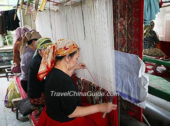 Carpet making in Hotan