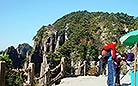 Countless visitors are drawn to Mt.Huangshan by its natural beauty every year.