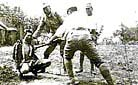 A captivated Chinese soldier was taken as a life target for drilling by the Japanese soldiers.