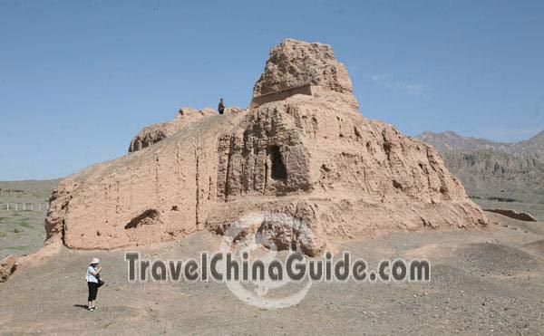 Kuqa Subashi Ruins Pictures, TravelChinaGuide.com