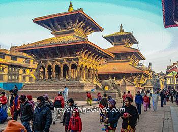Bustling Kathmandu Durbar Square