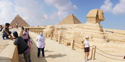 Sphinx and Pyramids of Giza, Cairo