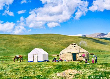 Nomadic family by Song Kol Lake