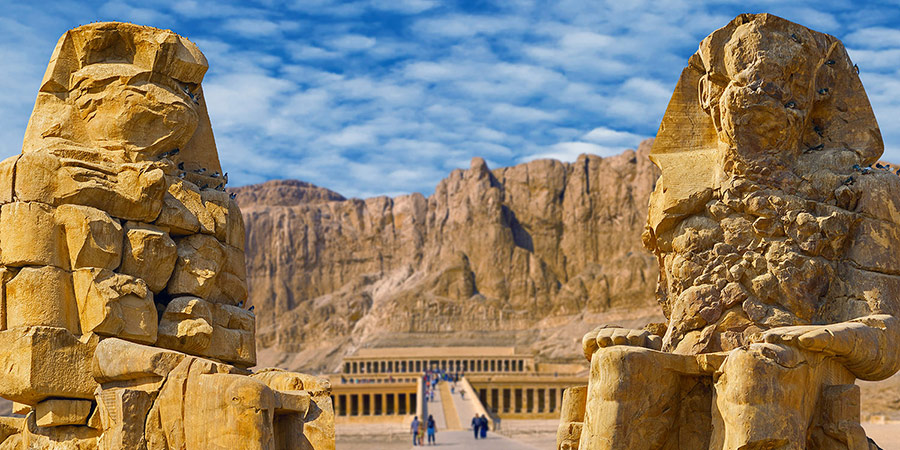 Have a glimpse of the two scriptures of Colossi of Memnon