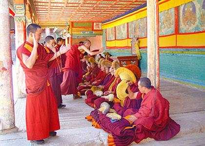 Tibetan lamas debating sutras
